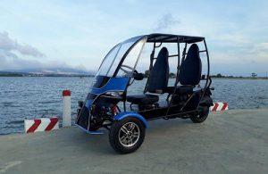 xe điện ba bánh dành cho người khuyết tật