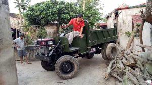 Xe công nông máy dầu